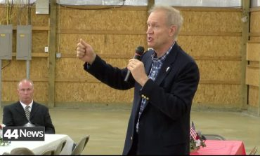 Gov. Rauner Visits Wabash County Prior To Election