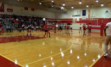 Bosse and Heritage Hills Open Volleyball Season