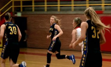 #FullCourt44 Highlights: Castle Girls Stay Undefeated