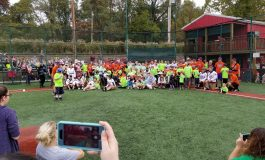 Challenger League Players Give Back