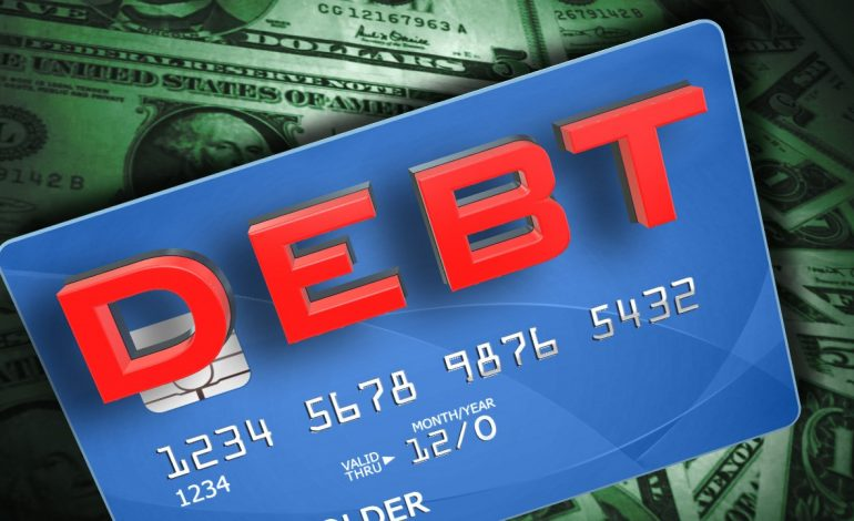 U.S. Credit Card Debt Sets New Record of $1 Trillion
