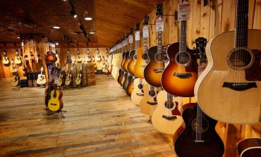 Guitar Center Counters Reports of Struggling Business