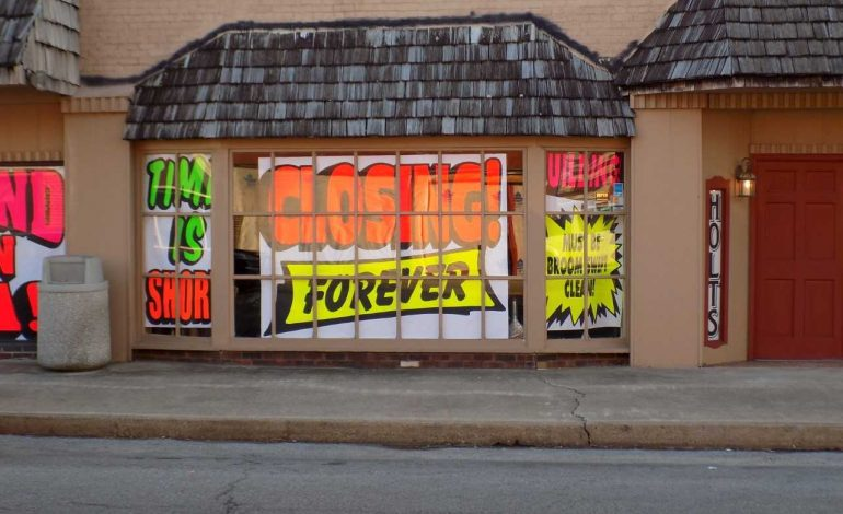 Kentucky Furniture Store To Hold Going Out Of Business Sale