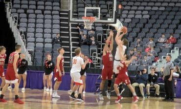 Mater Dei Surges for 65-52 Win Over Southridge