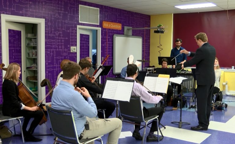 Evansville Philharmonic Performs Lollipops Concert For Students