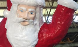 Iconic Santa Statue Standing Tall Once Again