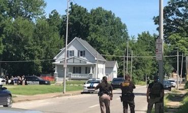 Standoff On E. Chandler, Connected To Washington Ave Shooting