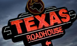 Texas Roadhouse to Raise Money for Victims of Hurricanes Harvey, Irma