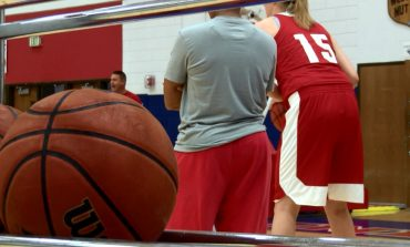 USI Basketball Holds First Practice