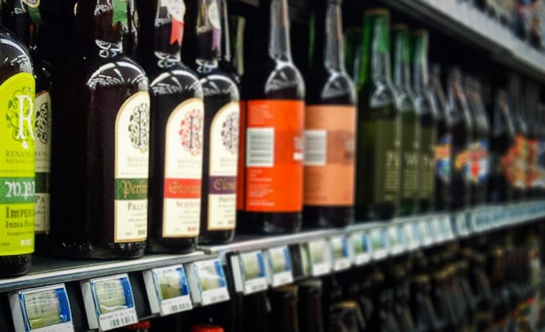House Committee Passes Bill Allowing Sunday Alcohol Sales