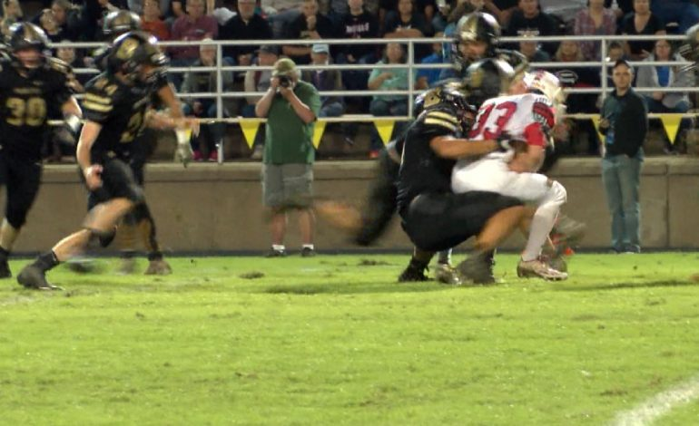 #44Blitz: Boonville Remains Undefeated, Beats Princeton 33-6