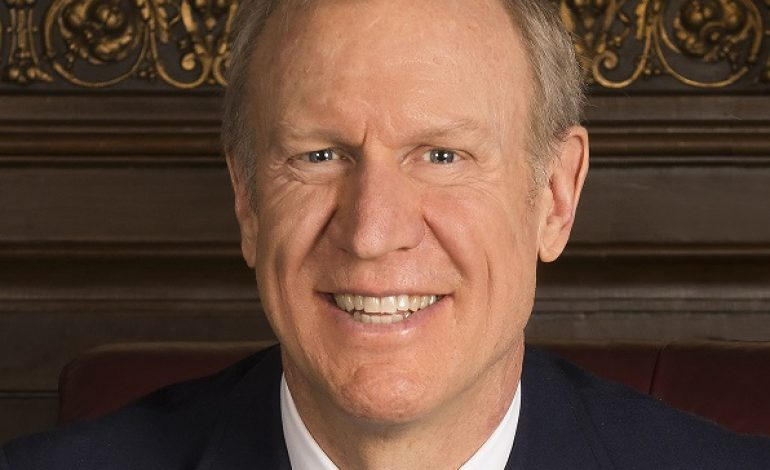 Gov. Rauner Signs 5G Wireless Bill