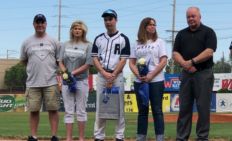 Reitz Senior Battling Cancer Goes to Bat on Senior Day