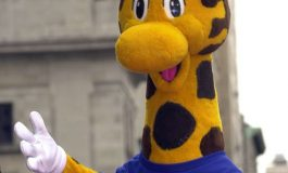 Where You Can Find Geoffrey The Giraffe This Holiday Season