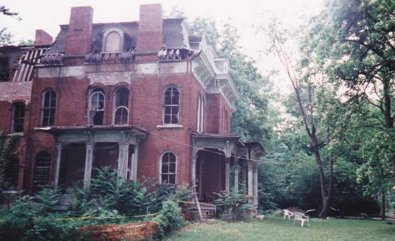 Paranormal Investigators Share Their Experiences Around The Tri-State