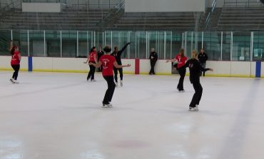 Teams Compete in National Theatre on Ice in Evansville