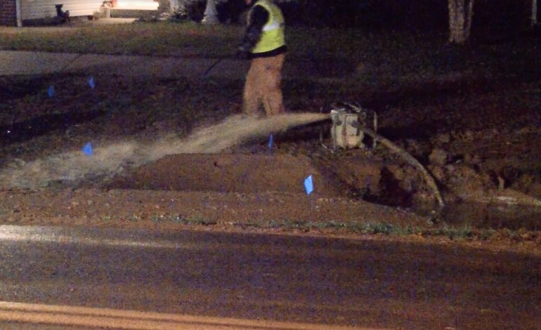 Massive Water Main Break Affecting Customers On Evansville's West Side