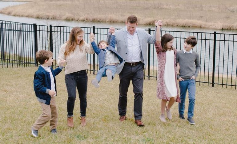 Father of Four Fighting Cancer Talks Faith, Family and Modern Medicine